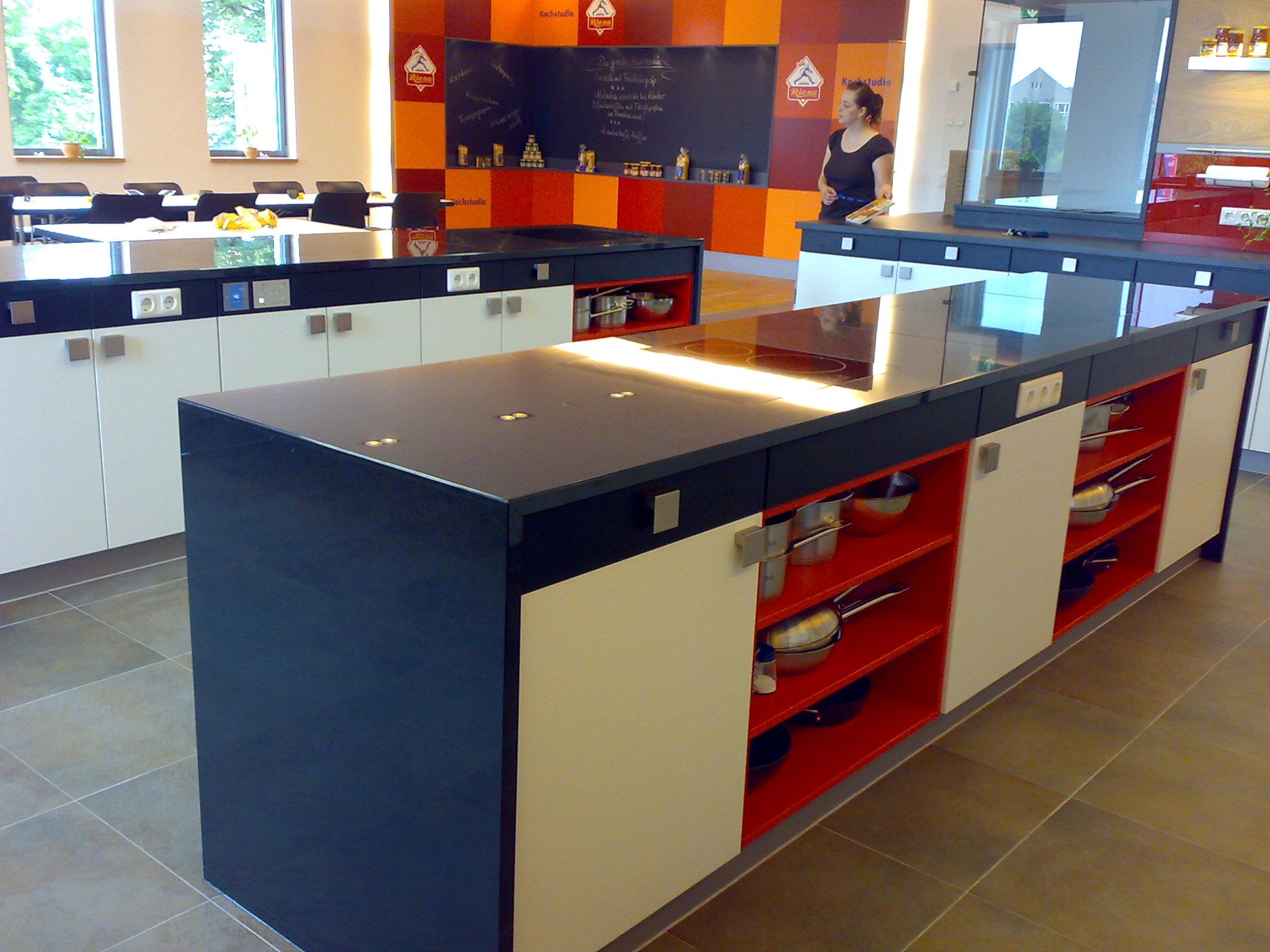 Küchenblock mit Arbeitsplatten